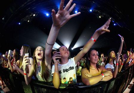 One Direction fans concert