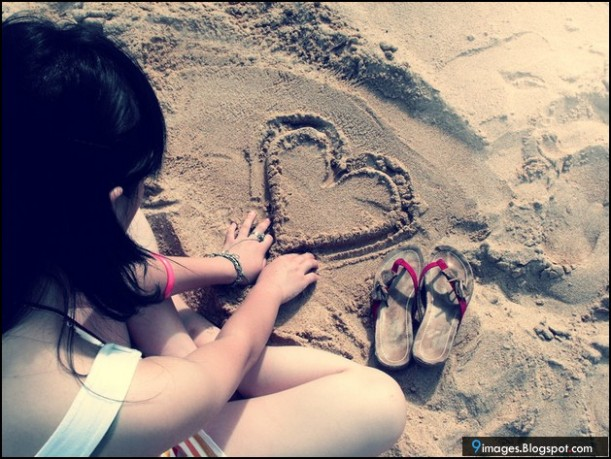 girl-sad-beach-sand-heart